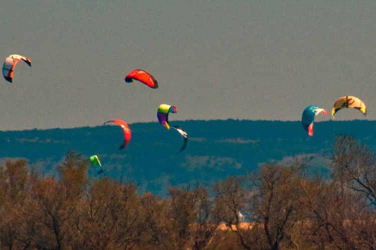 kites-at-sant-pere-pescador-A-1.jpg