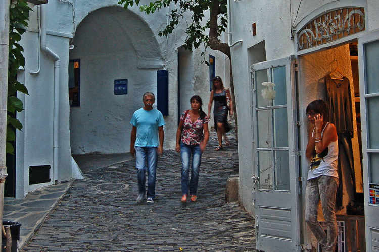 Evening stroll in Cadaques