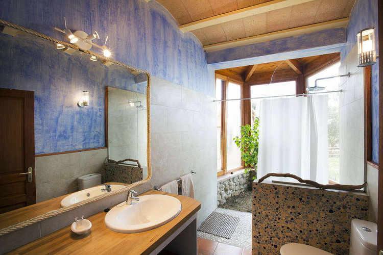 Bathroom Mont House