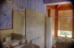 Mont House bathroom