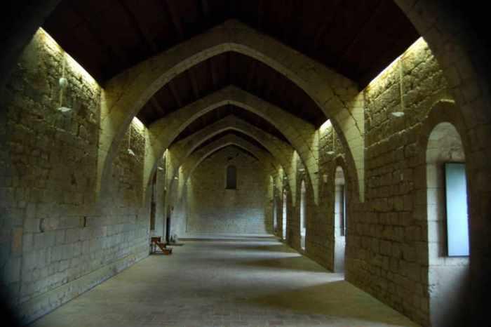 El monestir a l'interior