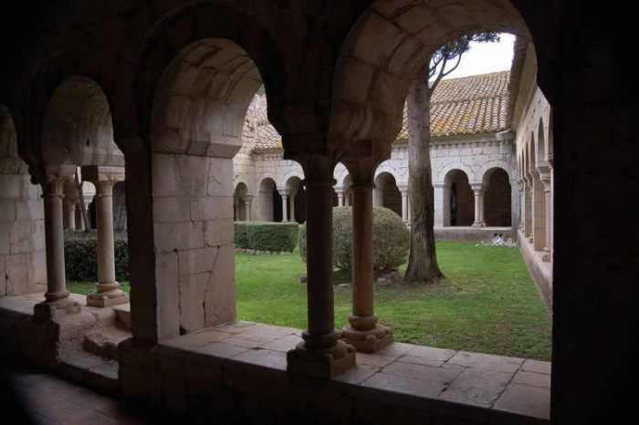 El claustre a Vilabertran