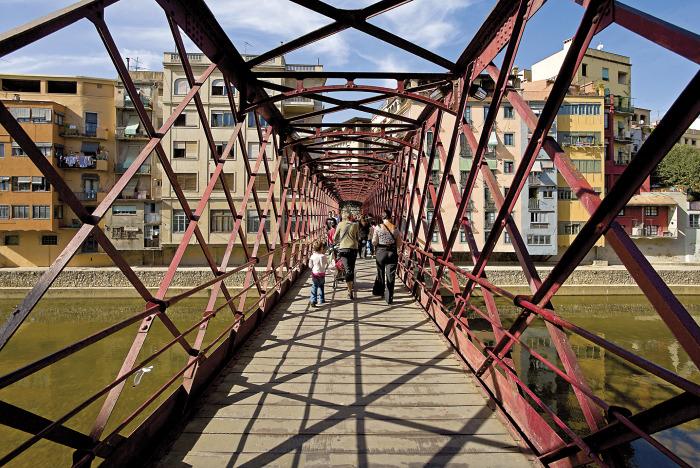 Griona_pont sobre riu Onyar.jpg